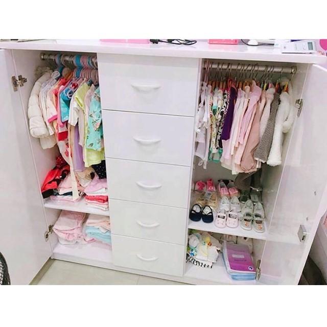 sắp xếp quần áo cũ thừa